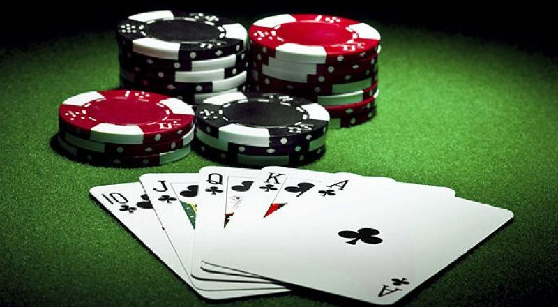 Tips Menang di Poker Online