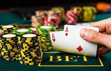Pelajari Mitos Tentang Pemain Poker Online