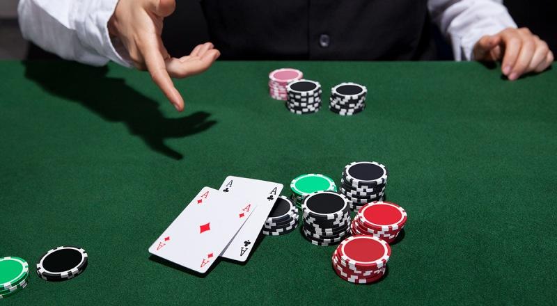 Alasan Membuat Catatan Saat Bermain Poker Online